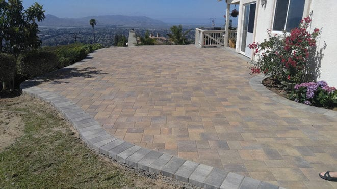 Sand Stone Mocha Mixed with Toscana Angelus Pavers