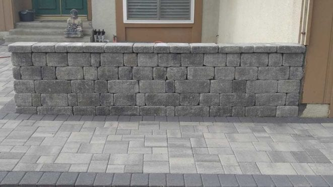 Angelus Stone Wall in Gray Charcoal