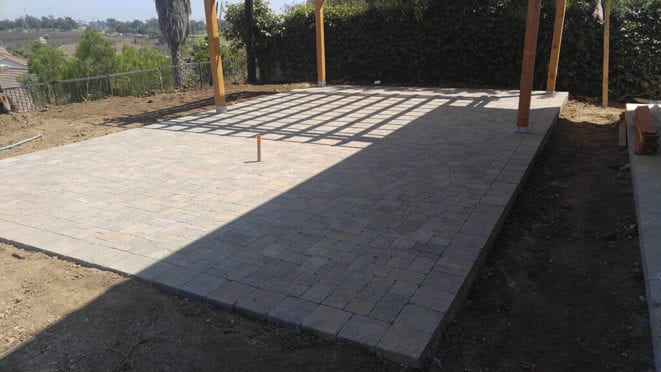 Patio in Belgard Victorian Color Pavers