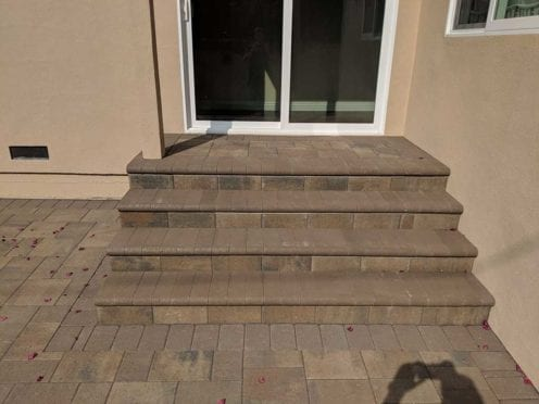 Steps: Bella Bullnose wit Catalina Pavers