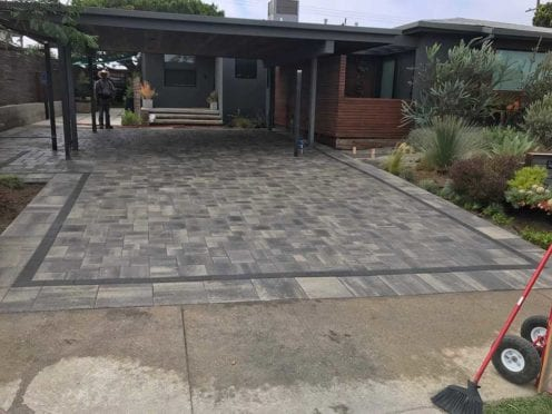 Courtyard Pavers with Double Border Holland and 15x15