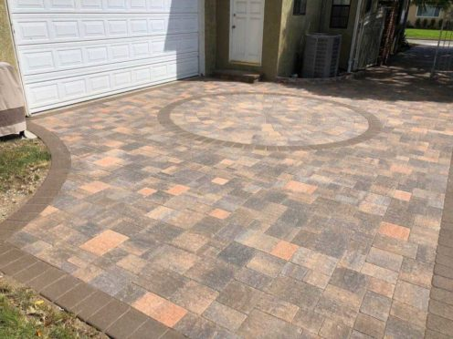 Circles: Cream Brown Charcoal Driveway with Circle Kit and Mocha Border