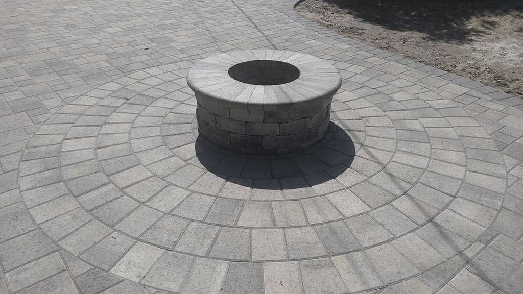 Gray Charcoal Paver Fire Pit with Circle Kit