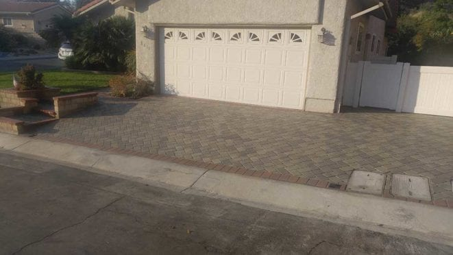 Herringbone Gray Moss Charcoal Driveway with Terrocota Border