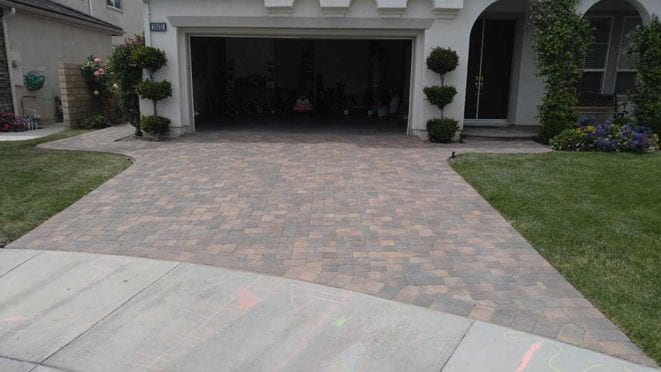 I Pattern Cream Brown Charcoal Paver Driveway