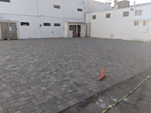 Modified Herrinbone Gray-Charcoal Driveway