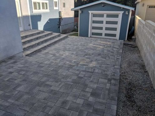 Raised Patio with Steps in Gray Charcoal