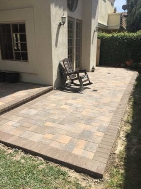 Angelus Pavers Patio in Tuscan Color with Steps in Mocha